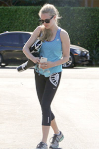 Amanda Seyfried in her gym gear