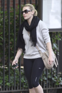 Kate Winslet going to the gym